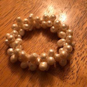 Jewelry - Freshwater pearls Rebecca